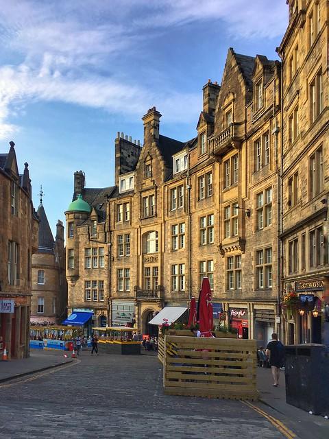 Old town, Edinburgh - Explore