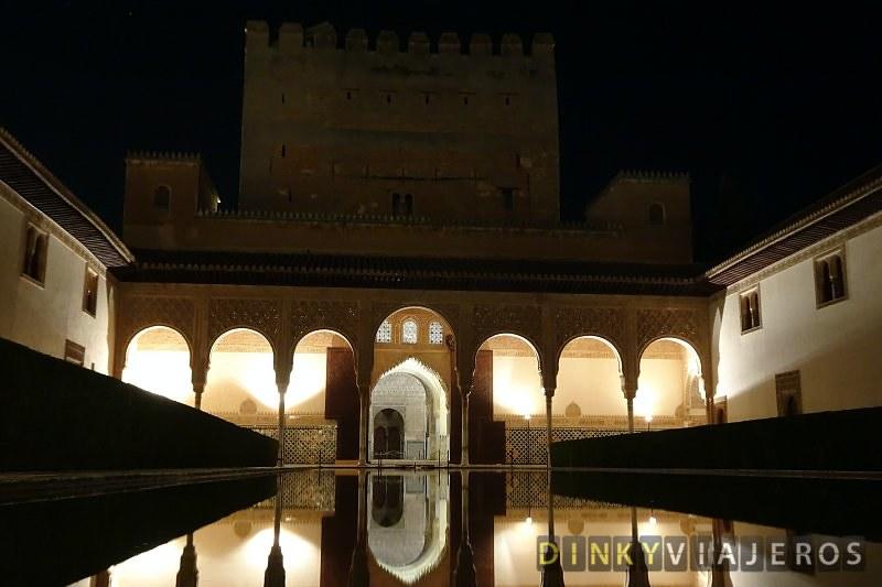 visita-nocturna-a-la-alhambra 018