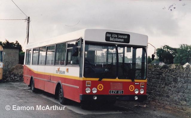 Bus Éireann KR 85 (EZV 85).
