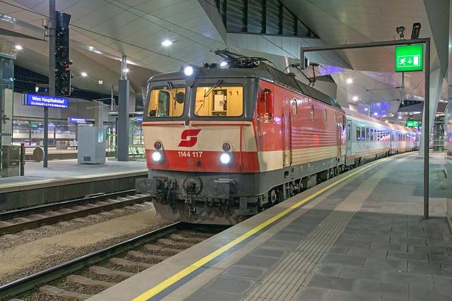 ÖBB 1144 117 Wien Hbf
