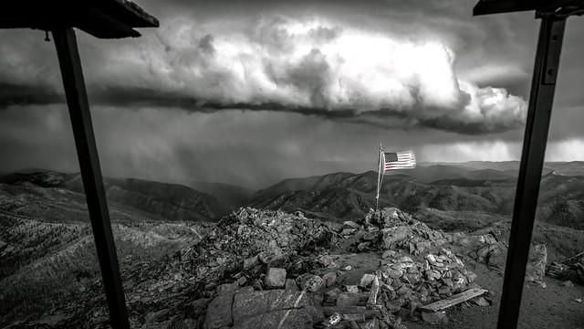 Shelf Cloud: Turbulence Abounds