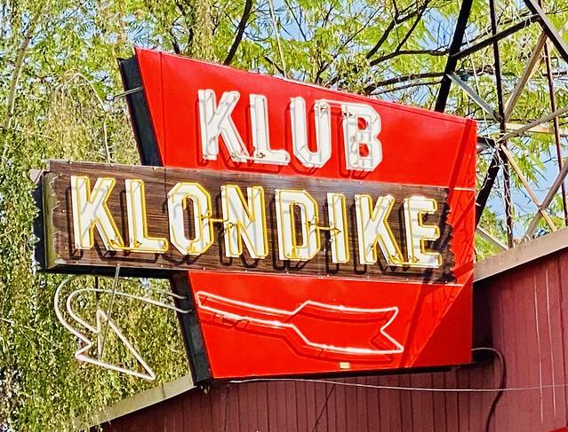 Klub Klondike neon