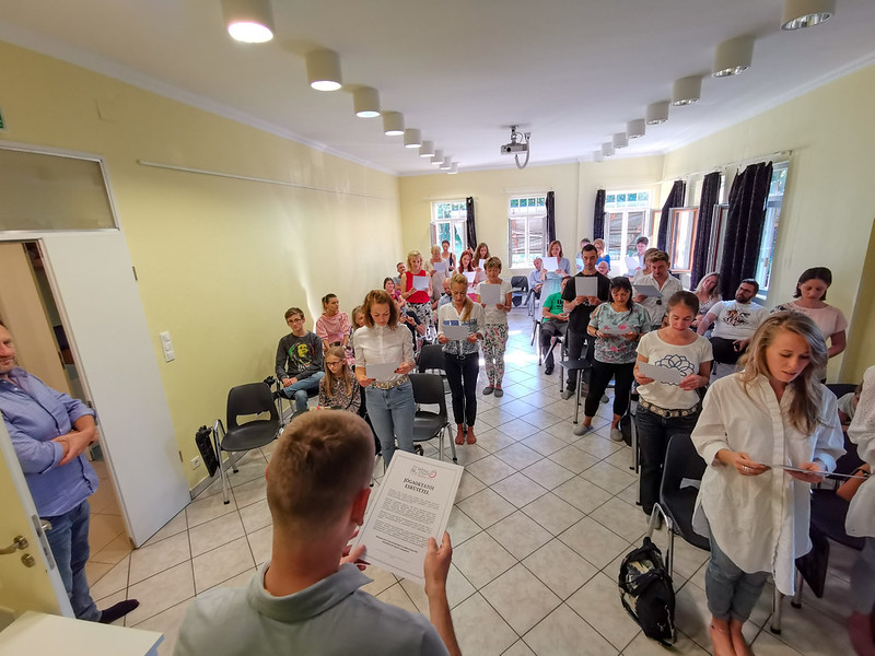 Jógaoktatói oklevélátadás a SelfnessYOGA Akadémia végzett diákjainak (2021 ősz)