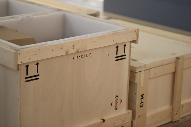 Préparation et accrochage des oeuvres pour l'inauguration du musée départemental Maurice DENIS à Saint-Germain-en-Laye