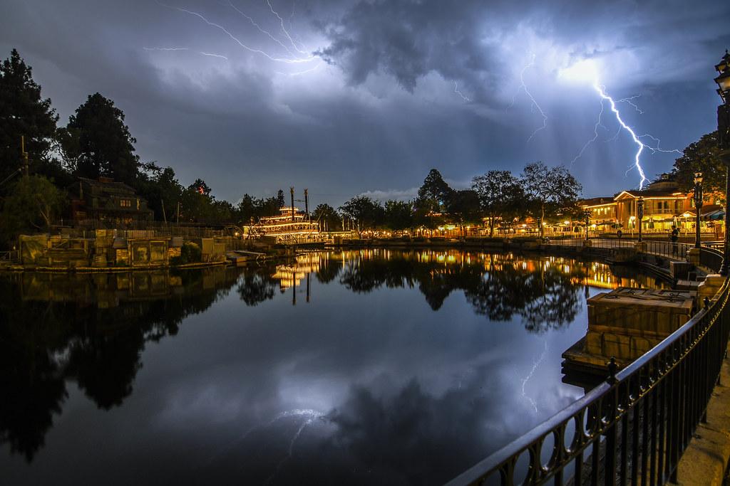Lightning over Rivers of America DL