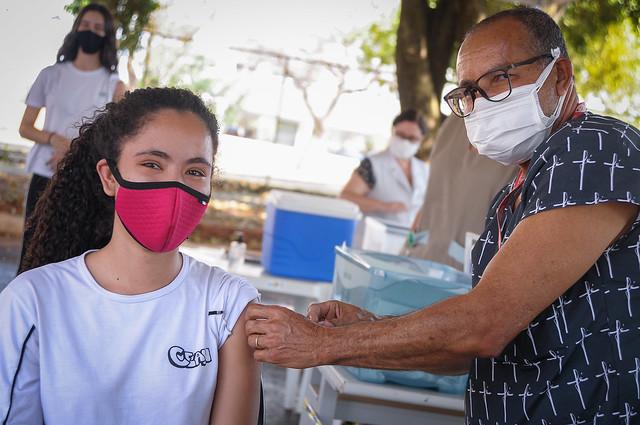 Início da vacinação contra a covid-19 em público de 16 anos ou mais (10.09.2021)