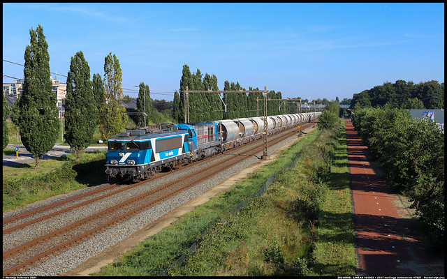 LINEAS 101003 + 2107 met lege dolimetrein in Harderwijk