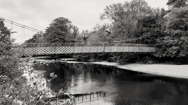 Ilkley suspension bridge