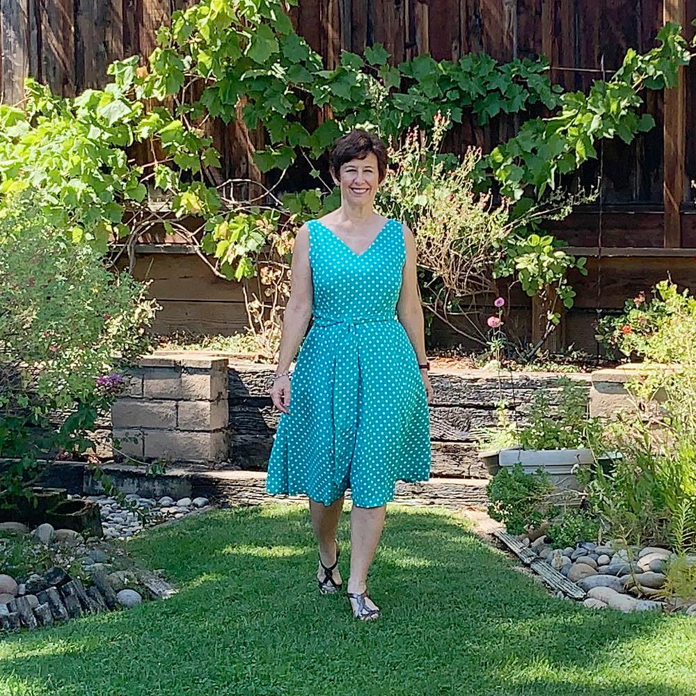 Green dot dress8