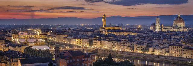 Firenze at dusk...
