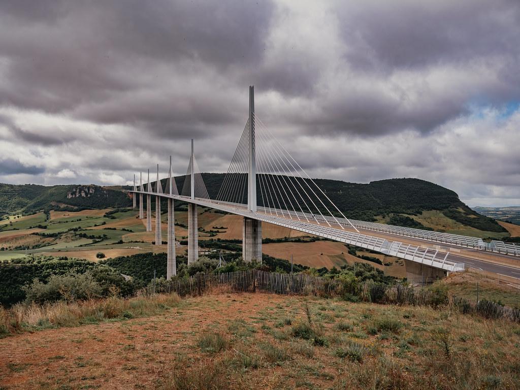 Viaduc de Millau... 51446154140_1e96aa9e9b_b