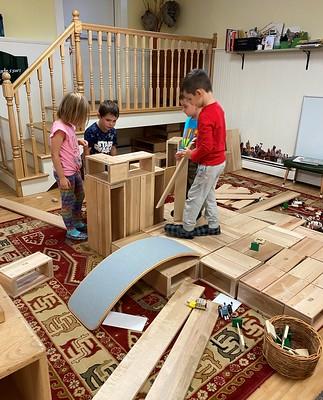 teamwork to build a house