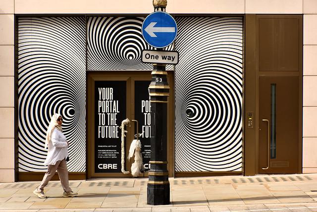 UK - London - New Bond St - Hypnotised_DSC8047
