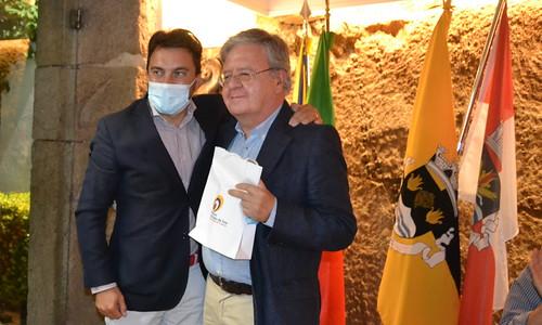 Livro vencedor de João Pedro Mésseder - Estação dos Líquidos