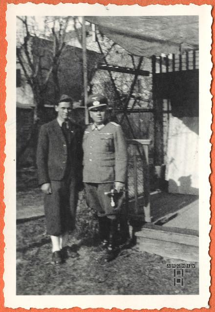 ArchivTappen24Album5m096 Vater mit Sohn, 1900-1930er