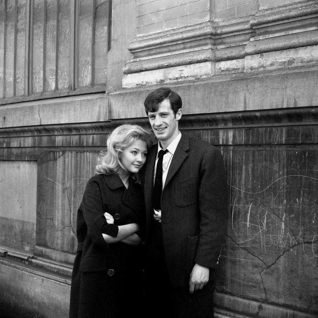 1961. Жан-Поль Бельмондо и Кристин Кауфманн на съемках фильма «Месть марсельца» Жана Беккера