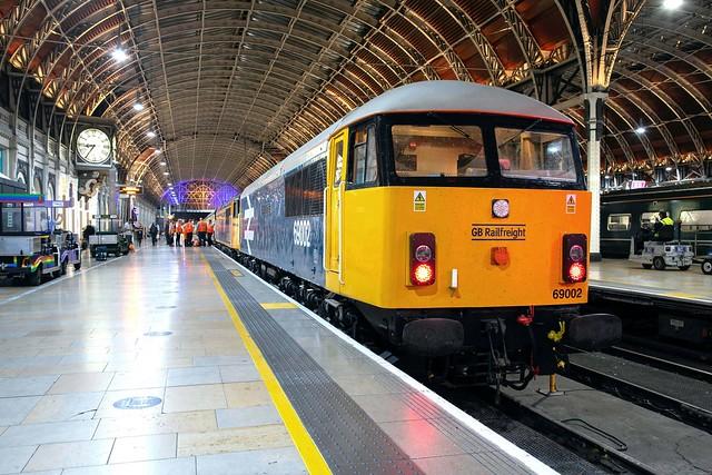 GBRf 69002 + 69001 London Paddngton