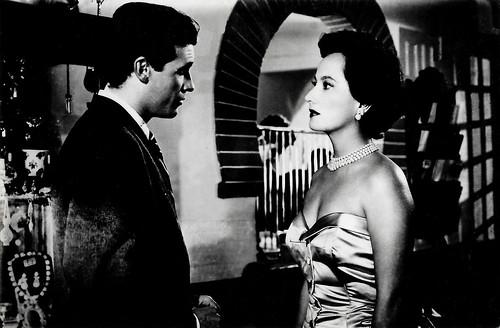 Francisco Rabal and Merle Oberon in Todo es posible en Granada (1954)