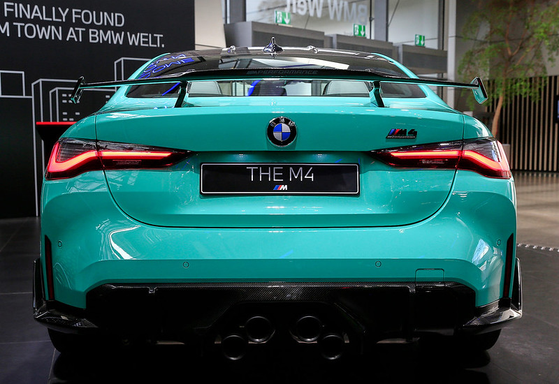 BMW-M4-Competition-12