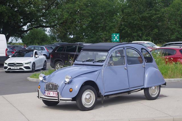 Citroën 2CV 6 Spécial