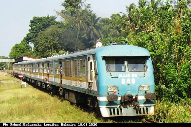 S9 859 at Kelaniya (No 3819 Madampe - Colombo Fort) in 18.01.2020