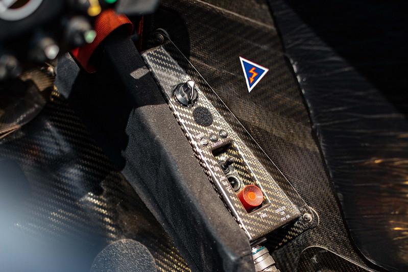 2002-McLaren-MP4-17D-7