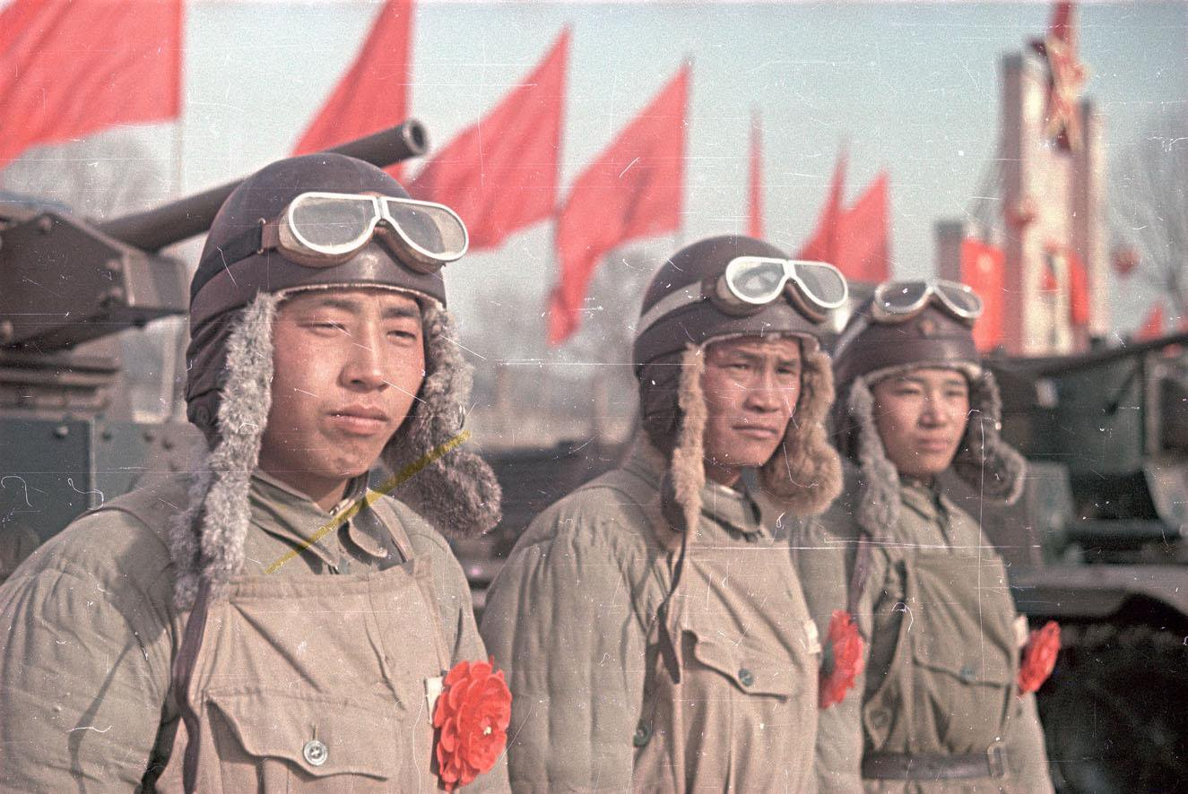 1949. Китайские танкисты. В день юбилея И.В. Сталина. 21.12.