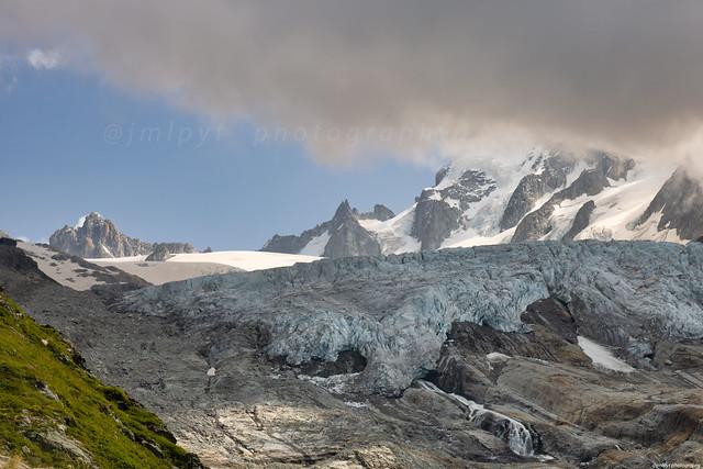 Le glacier du Tour et L'aiguille du Chardonnet, Alpes françaises,