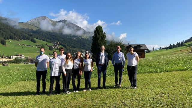 Baltijas Biomateriālu ekselences centra erudīcijas konkursa «Bio-Go-Higher» uzvarētāju - RTU IZV skolēnu - vizīte AO Pētniecības institūtā Davosā
