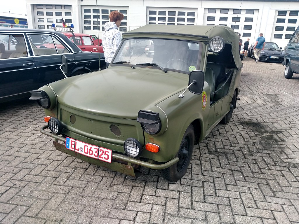 Trabant Kübelwagen              Kultblechszene Meppen 12.09.2021