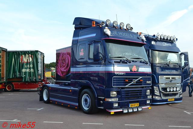 Volvo FH12 reg B. DE Mooij & ZN' reg BH-RT-70 (NL)