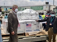 The United States Delivers COVID-19 Vaccine Doses to Togo