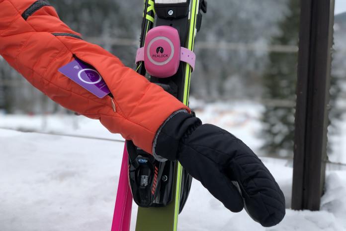 Pealock - elektronický zámek nejen na lyže