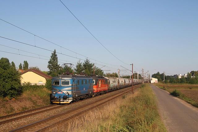 IDS Cargo 121 065-7 en 121 077-2 in Lysa nad Labem op 9-9-2021