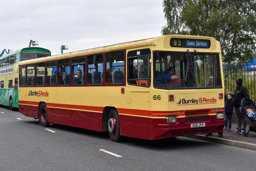 Burnley & Pendle Alexander P Volvo B10M 66 E66 JFV