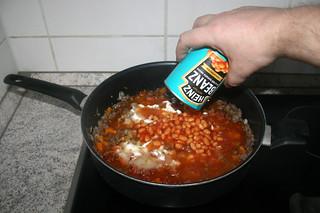 15 - Add baked beans / Baked Beans dazu geben