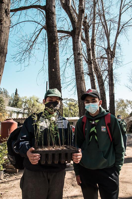 Grupos de Scouts se capacitan sobre especies nativas en el Vivero Municipal