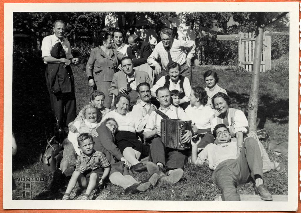 ArchivTappen24Album5m127 Familientreffen, 1900-1930er