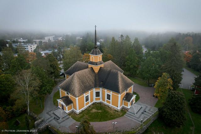 Nurmijärvi chuch in morning fog