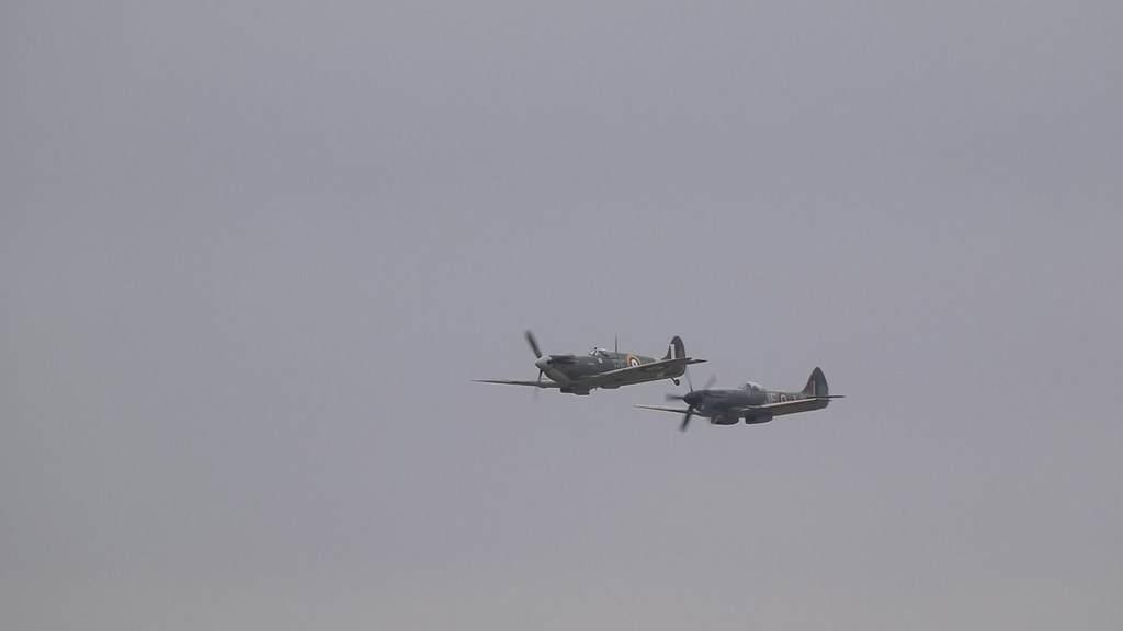 Spitfire Mk.XIV MV293 and Spitfire Mk.Vb BM597 - IWM Duxford, incl 'Flying Day'
