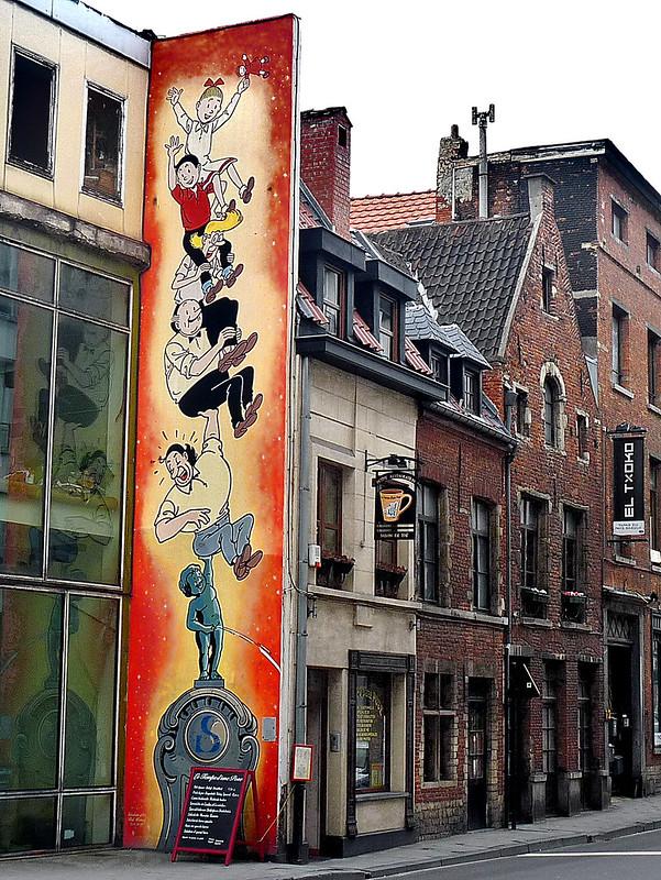 Scène de rues bruxelloises 51475955224_241cafdc4f_c