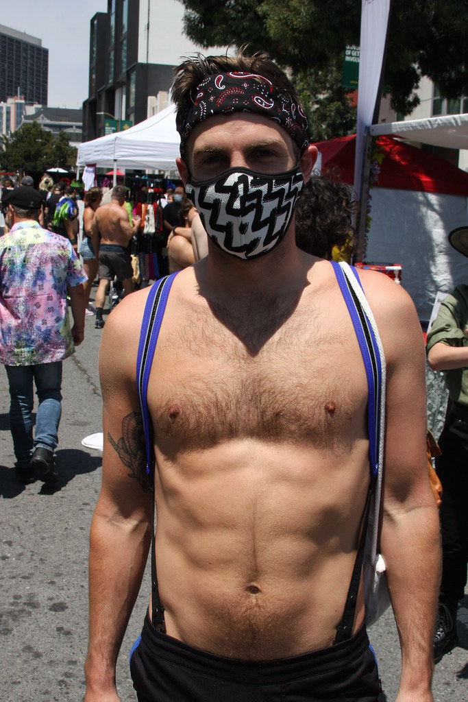 SEXY HAIRY MUSCLE HUNK ! photographed by ADDA DADA at FOLSOM STREET FAIR 2021 ! ( safe photo)