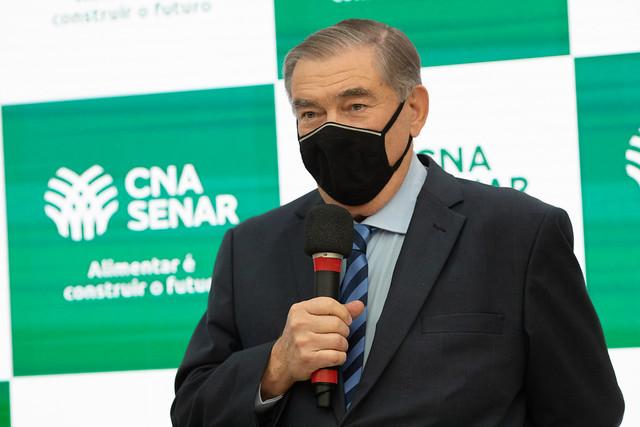 14/09/2021 CNA Homenageia Roberto Simões