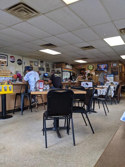 J Creek Cafe