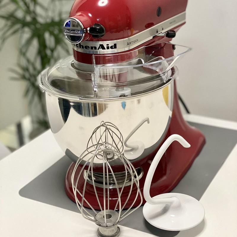 KitchenAid 5QT Artisan Stand Mixer