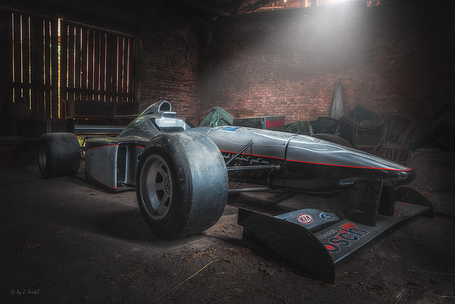 this isn't a pit stop - the forgotten racing car