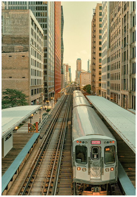 Downtown Chicago (color)