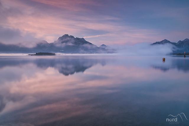 Der Forgensee im Nebel