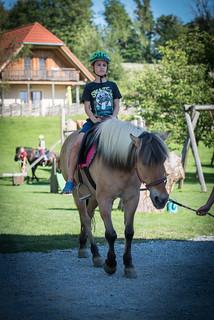 Ponyreiten mit Niki