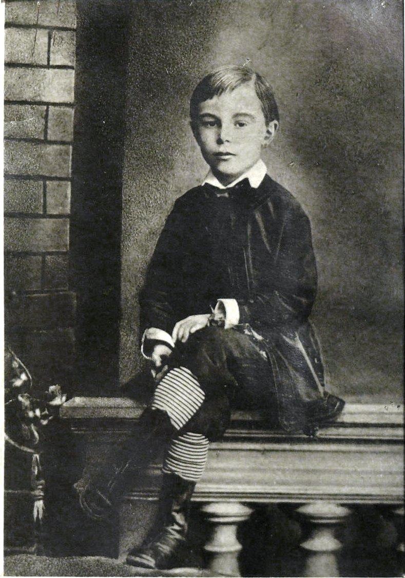 11. 1879. Скрябин А.Н. в возрасте 7-ми лет